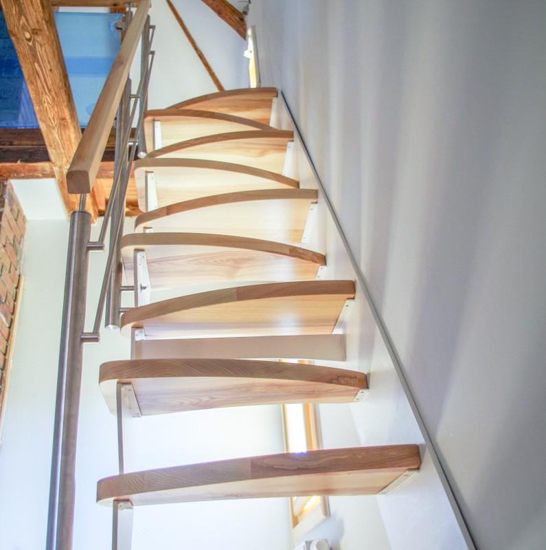 Sedlové schodiště